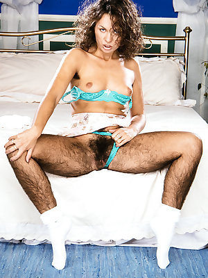 Overtly hirsute woman Sandra shows off the hairiest female legs known to man