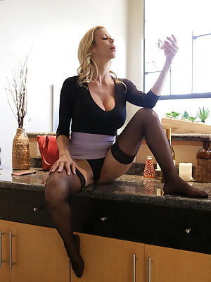 Sexy Alexis Fawx hikes her short skirt for a fuck and pussy cumshot