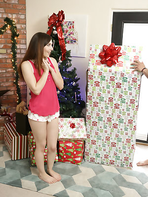 Riley Reid doll Xmas gift comes to life for a threesome with Ember Stone & BF