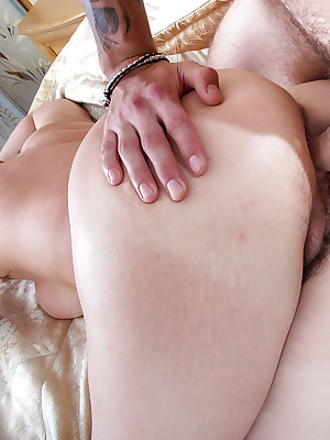 Fat amateur Dana Karnevali having her hairy pussy finger fucked by man