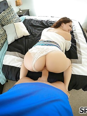 Gorgeous Bobbi Dylan gets on her knees for a hardcore fuck and facial cumshot